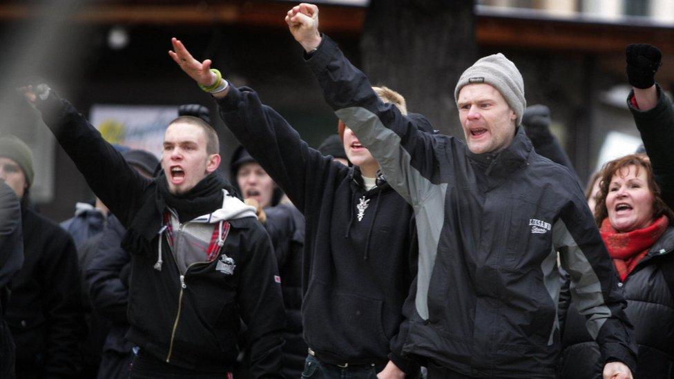 Manifestación neonazi en Suecia.