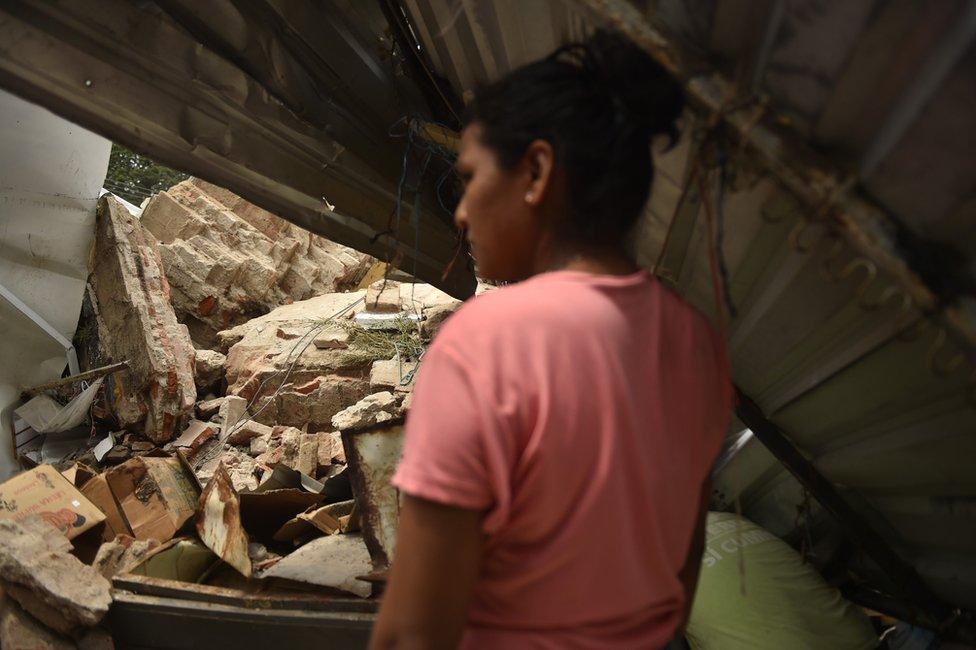 La destrucción dejada por el terremoto de la pasada semana en México fue evidente en varias ciudades y pueblos del suroeste del país.