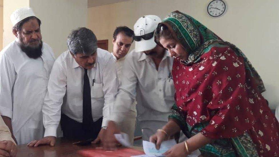 د شاه رخ خان د تره لور د پاکستان ټاکنو کې کاندیده ده