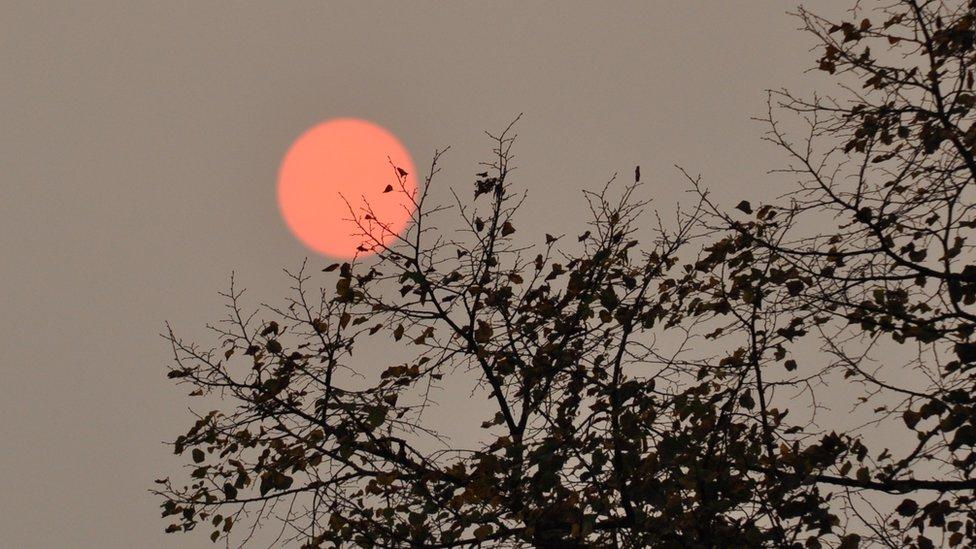 Sol rojo en Bristol