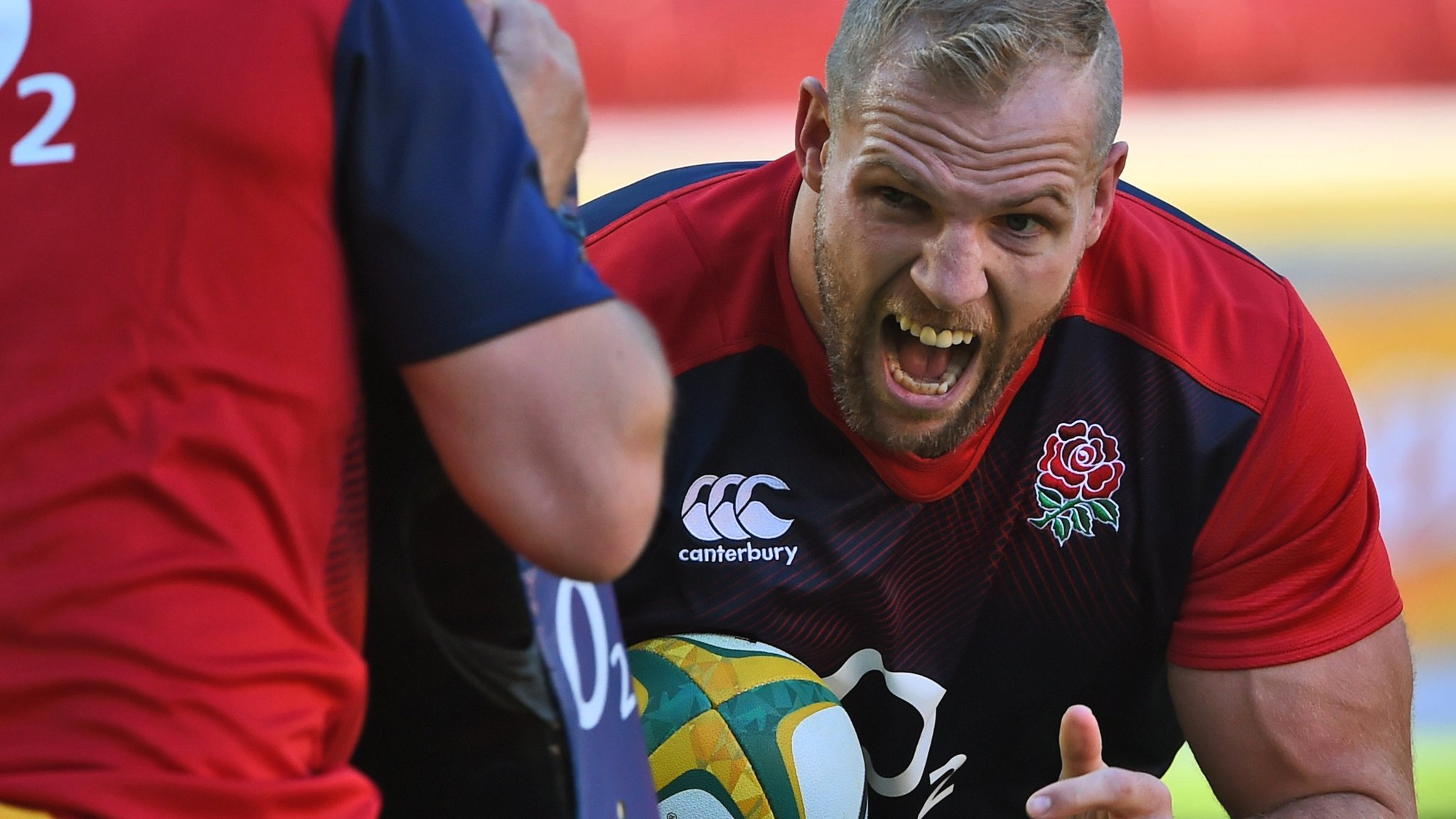 England flanker Haskell feared career might be over