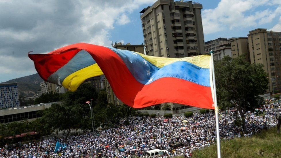 Tổng thống Venezuela kêu gọi đối thoại với phe đối lập