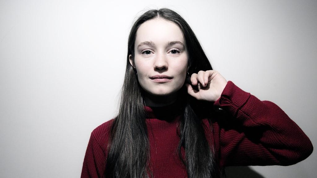 Sigrid: Norwegian pop star wins BBC Sound of 2018