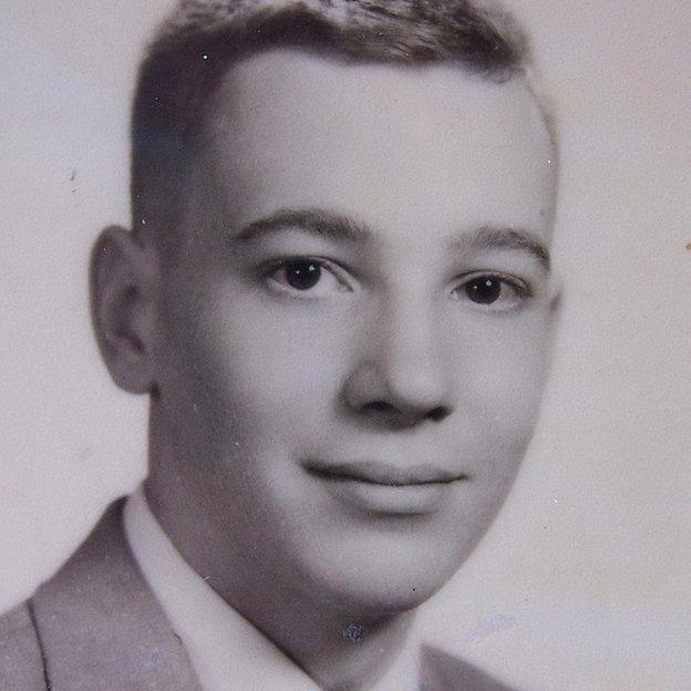 Ellery Schemmp, a los 16 años