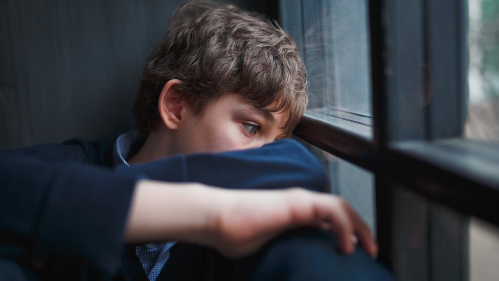 Children's services 'at breaking point', MPs say