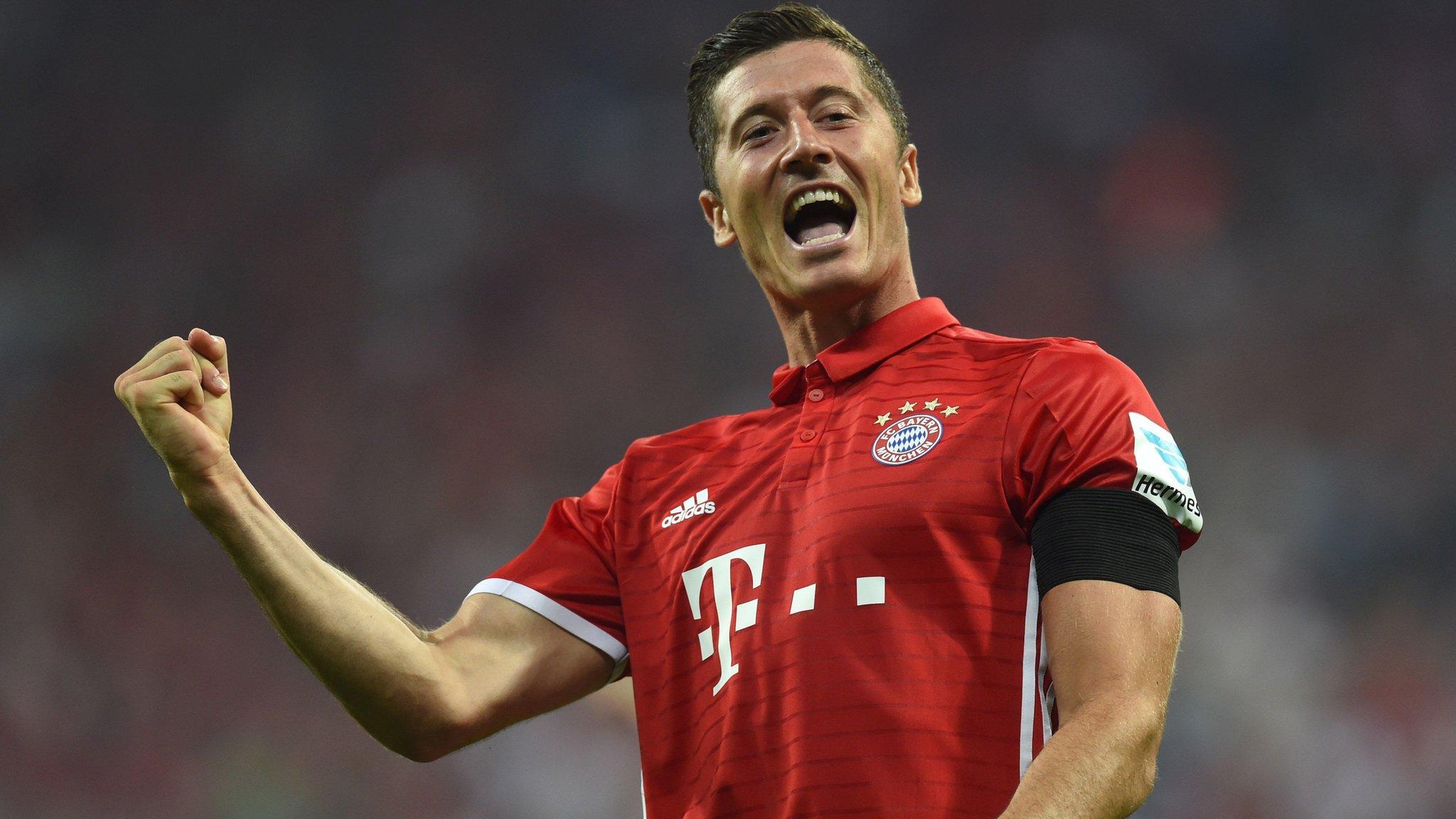 Lewandowski hits hat-trick as Bayern start league season in style