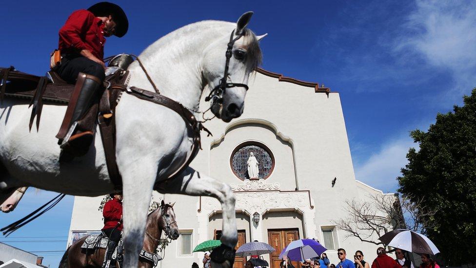 Procesión en honor a la Virgen de Guadalupe en el este de Los Ángeles, 3 de diciembre de 2017