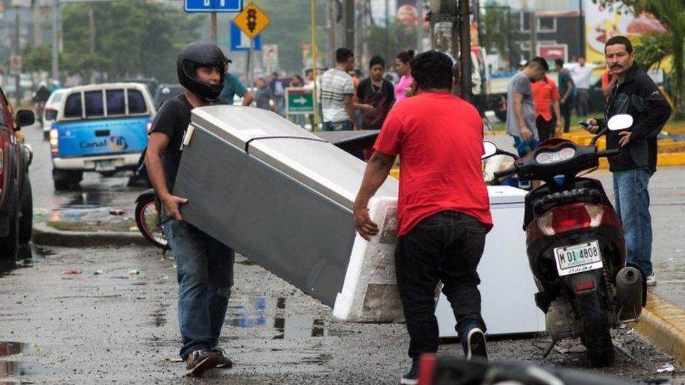 Saqueos en Honduras.