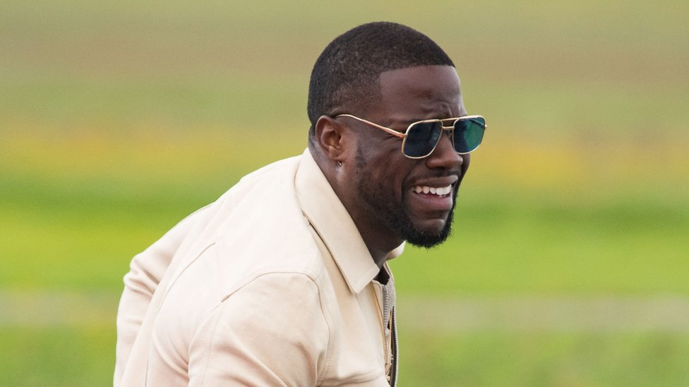 Kevin Hart: Actor's charity starts $600,000 student fund