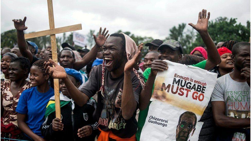 Zimbabwe: Mugabe gặp tư lệnh quân đội