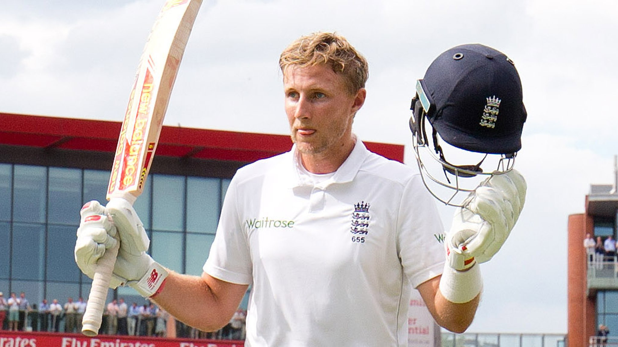 England v Pakistan: Joe Root hits 254 as hosts dominate at Old Trafford