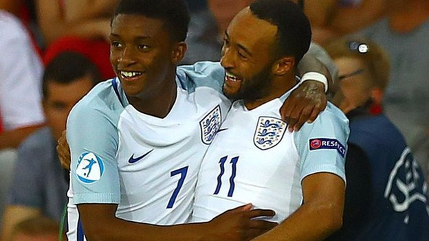 England U21s ease into semis with win over Poland