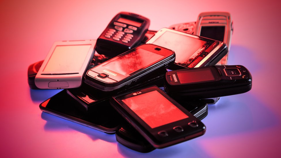 ¿Cuánto tiempo podría durar un celular si no existiera la obsolescencia programa ...