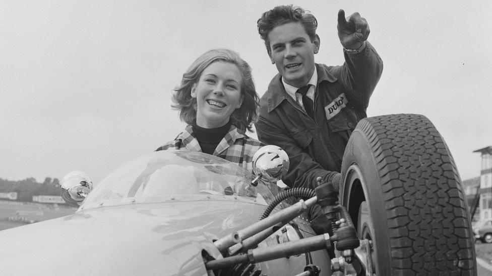 Bronwyn Burrell en 1964