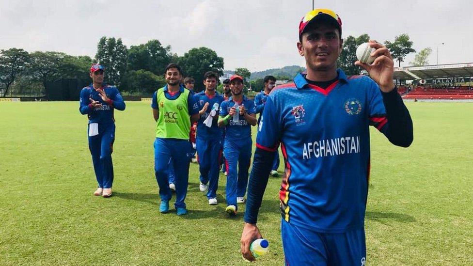 کرېکټ پايلوبه: افغانستان پاکستان ته ۲۴۹ مڼدې هدف وټاکه