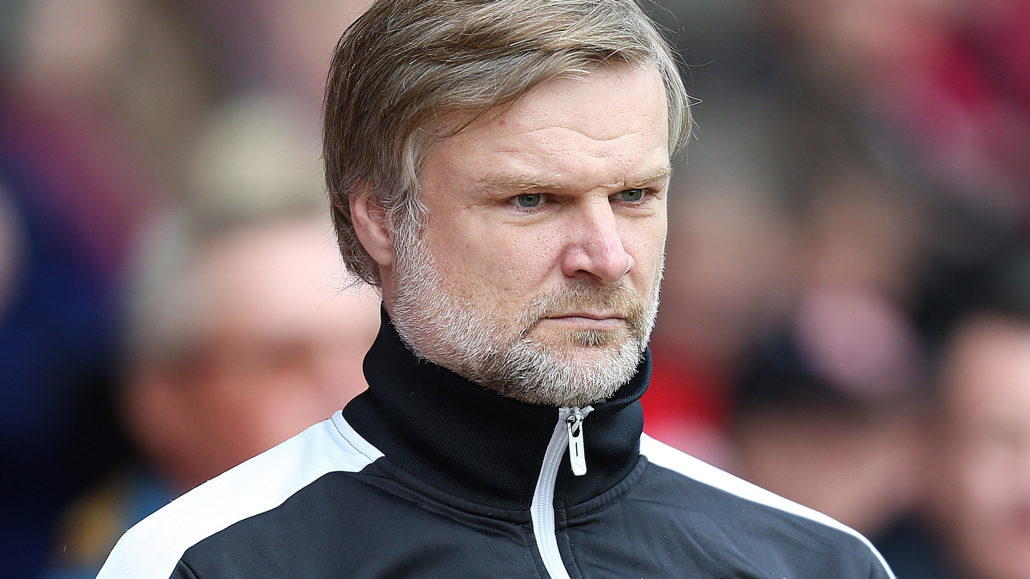 Steve Pressley: Fleetwood Town manager resigns from League One club