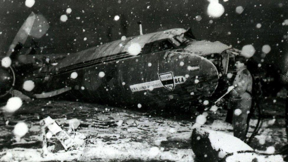 Man Utd to mark 60 years since Munich crash