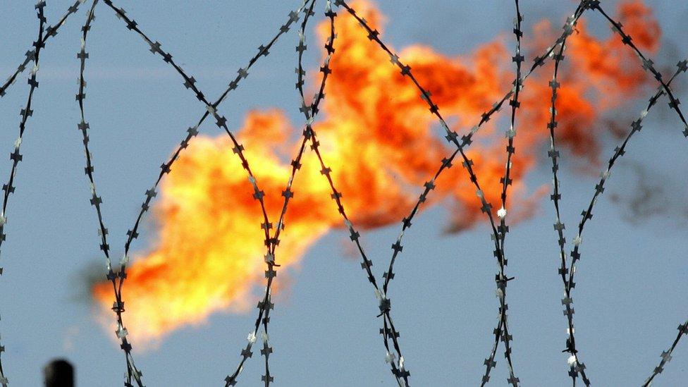 Rusia tiene un sector de petróleo y gas enorme que es económicamente vital.