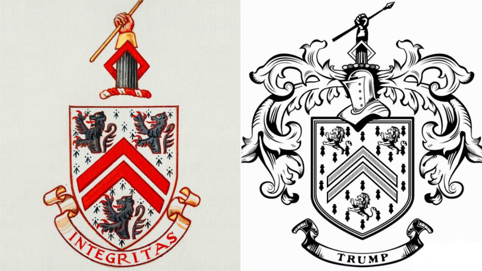 Escudo de armas de la familia Davies junto al de la Organización Trump.