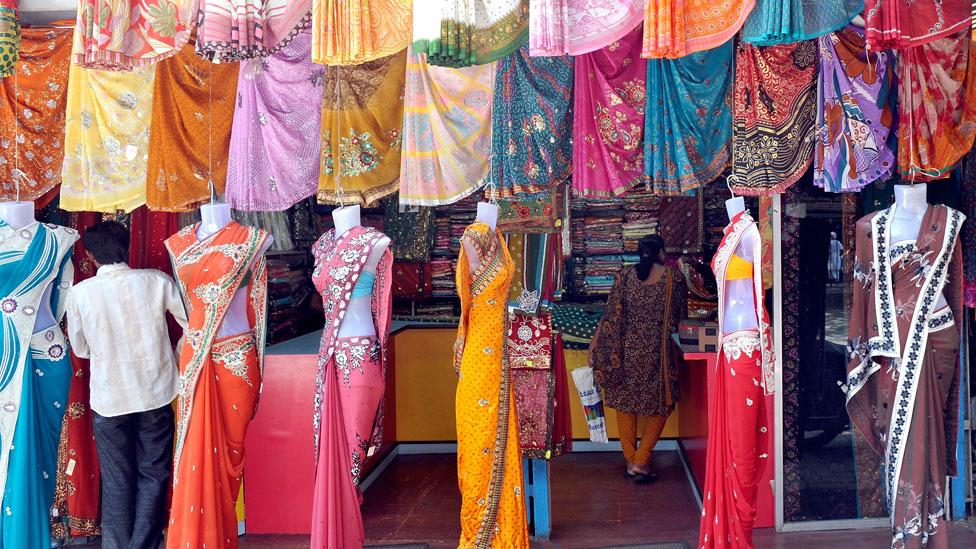 Un grupo de investigadores usó la caótica industria textil de India para realizar un experimento sobre los consultores de empresas.