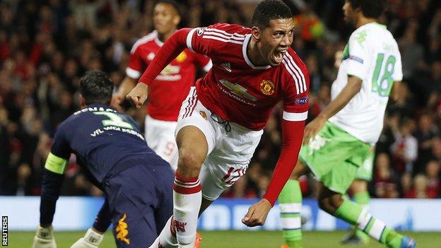 Manchester United කණ්ඩායමට පළමු ජය