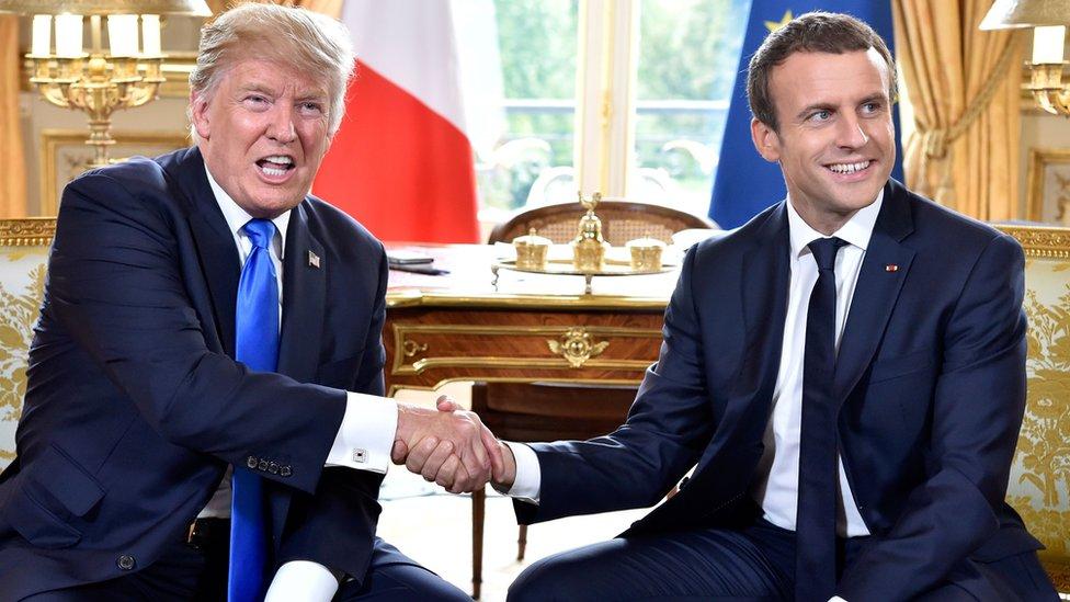 Trump y Macron se reunieron en el Palacio del Elíseo.