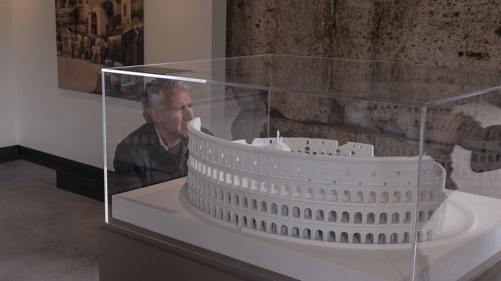 Una maqueta en la exposición Colosseo, un'icona