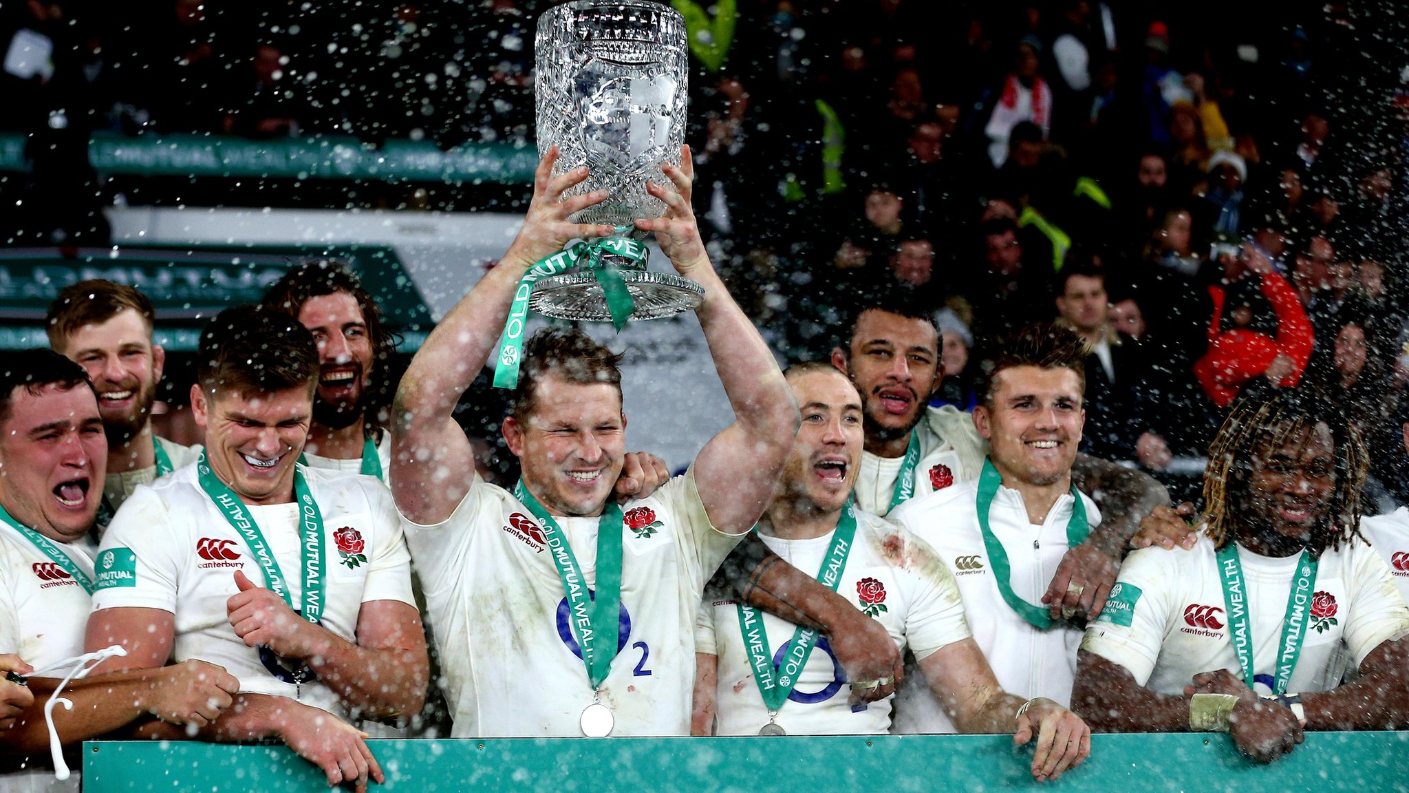 No half-time 'hairdryer' from Jones - Youngs