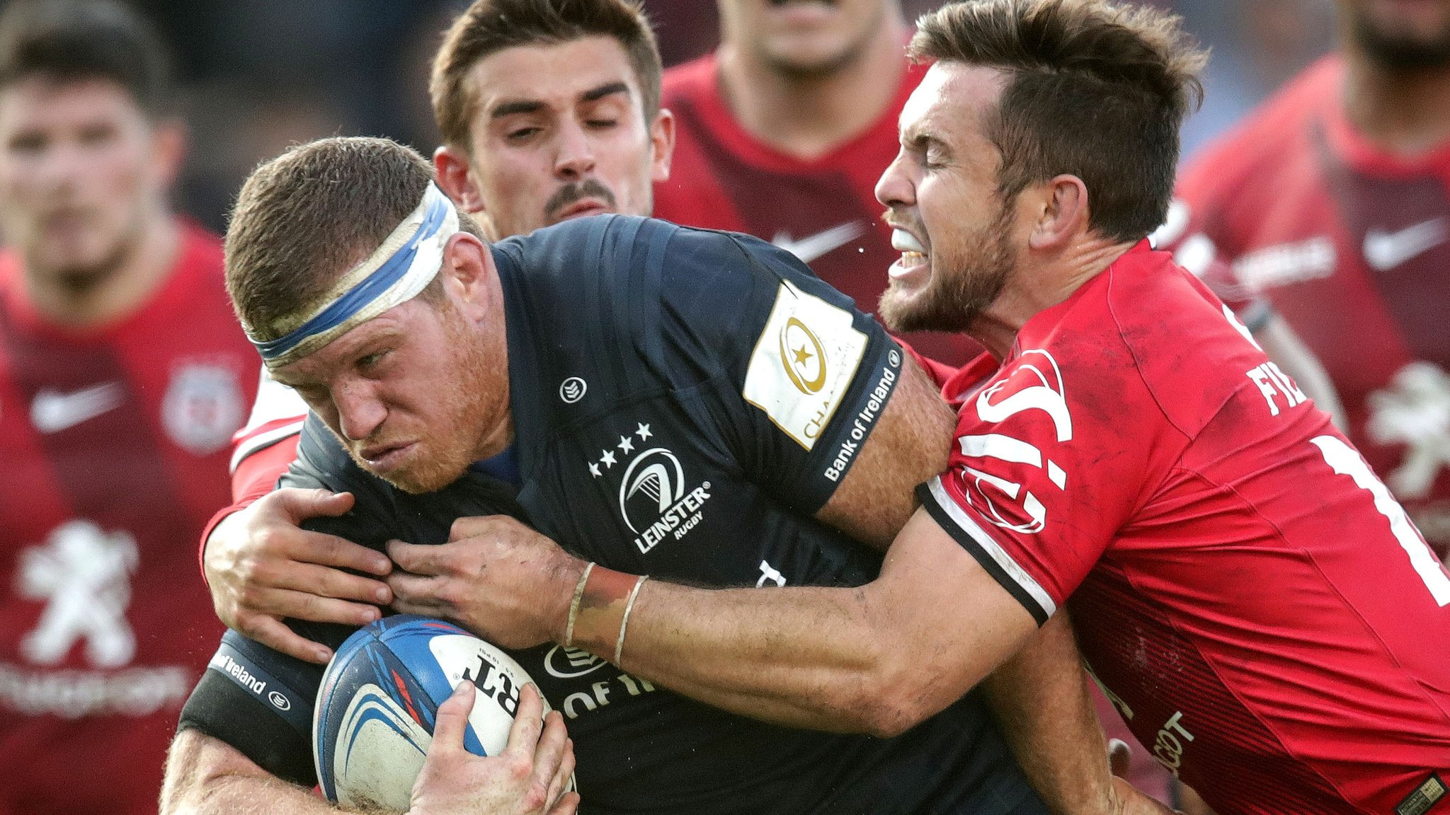European Champions Cup: Medard scores twice as Toulouse beat Leinster 28-27