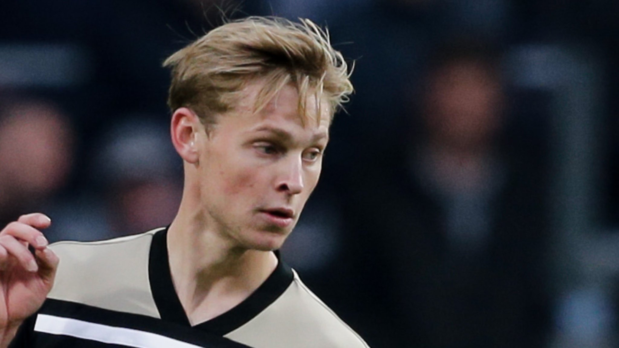 Gossip: Man Utd & Real keen on £72m De Jong