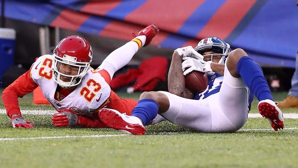 NFL: Roger Lewis incredible sliding catch leads NFL plays of the week
