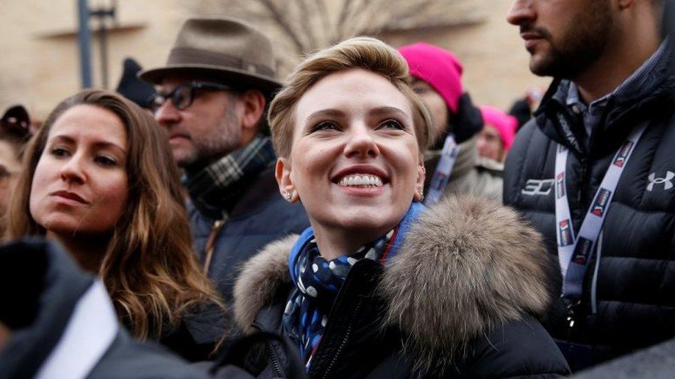 Scarlett Johansson en la protesta