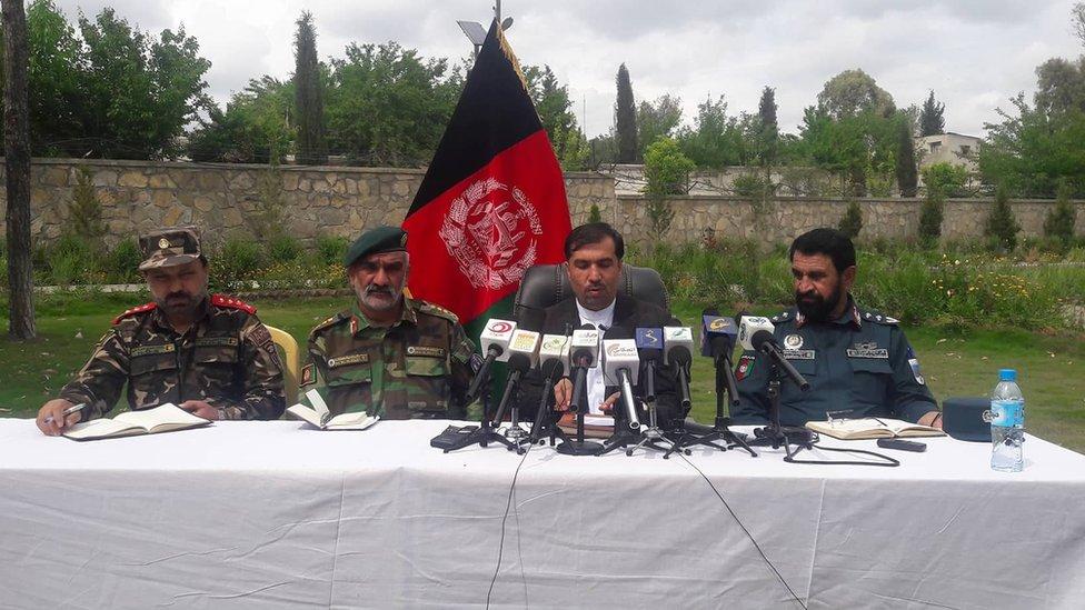 افغان لوري د پاکستان د پنځو امنیتي ځواکونو مړي وسپارل