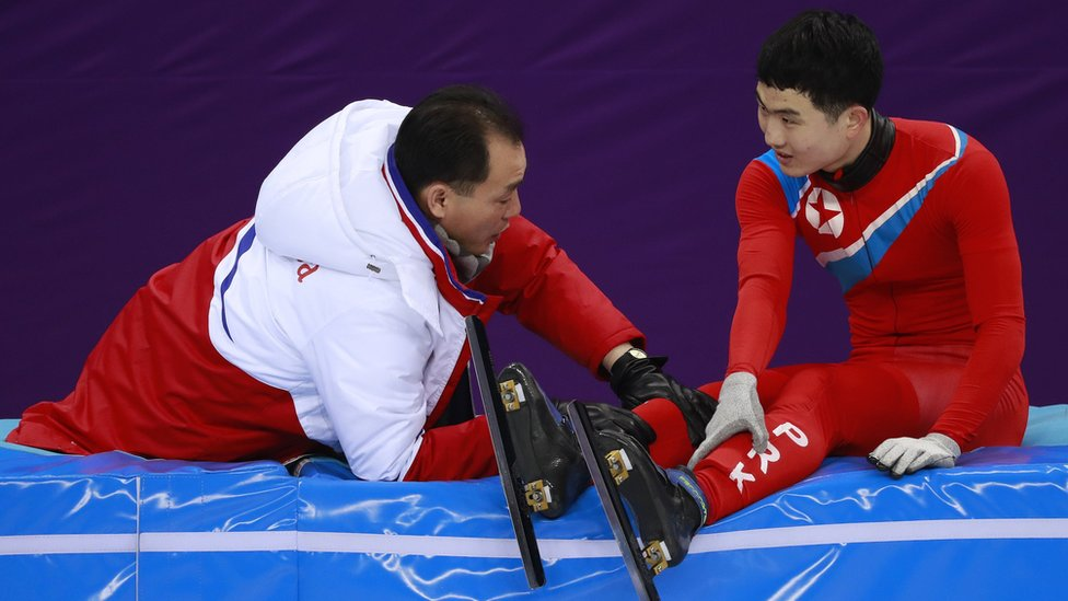 Corea del Norte envió una delegación con 10 atletas tras un acuerdo con los organizadores de los juegos y el gobierno surcoreano.