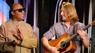 BBC News - Stevie Wonder heard Grayson Erhard play and joined him on stage