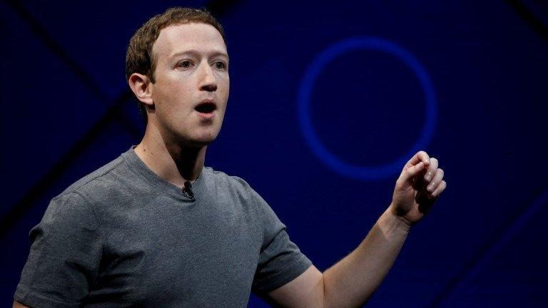Facebook's Zuckerberg speaks out over Cambridge Analytica 'breach'
