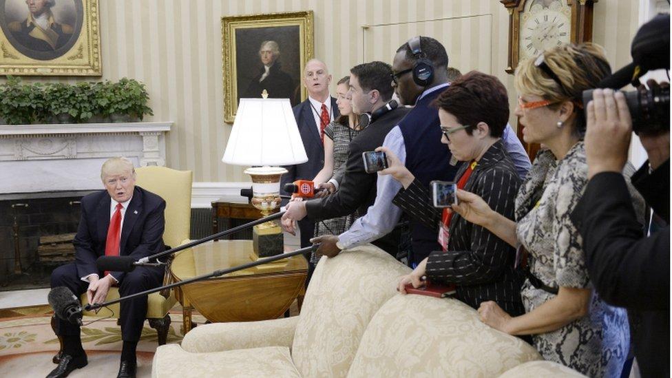 New York Times: Белый дом пренебрег демократией