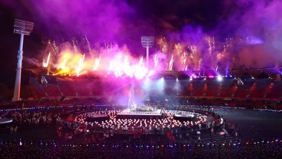 Commonwealth Games: Fifty athletes in Australia 'illegally'