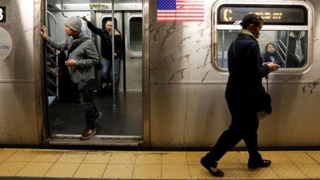 نظام مترو الأنفاق في نيويورك من الأهداف المزعومة للمخطط الإرهابي