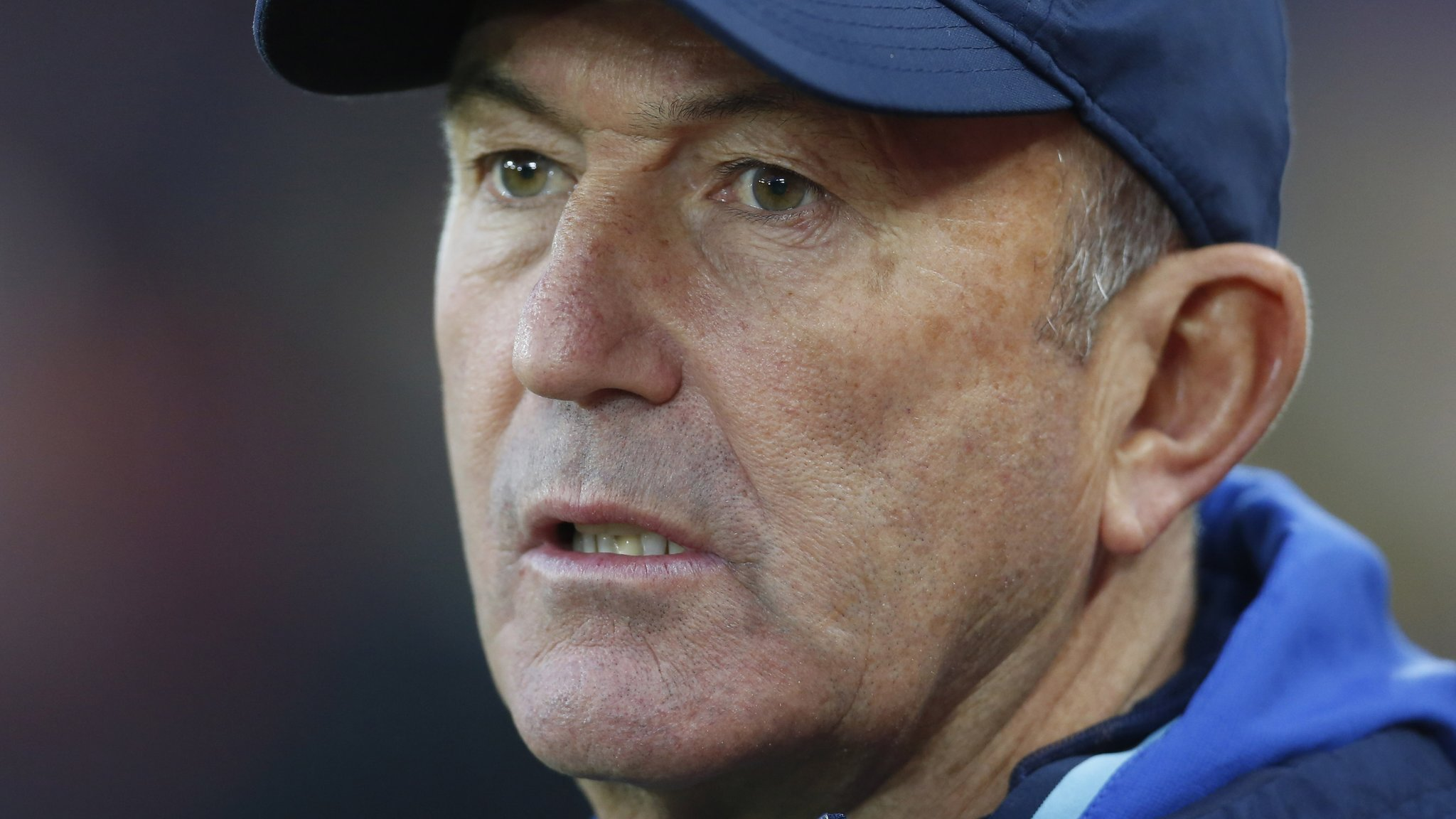 Tony Pulis: West Brom manager extends Baggies contract