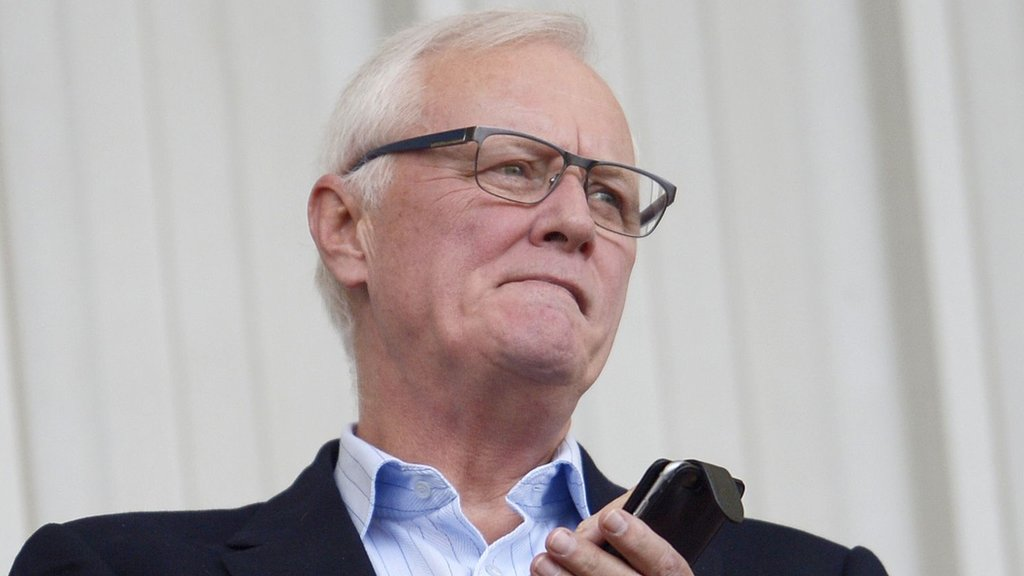 Barry Hearn quits as Leyton Orient honorary president as EFL demands club response