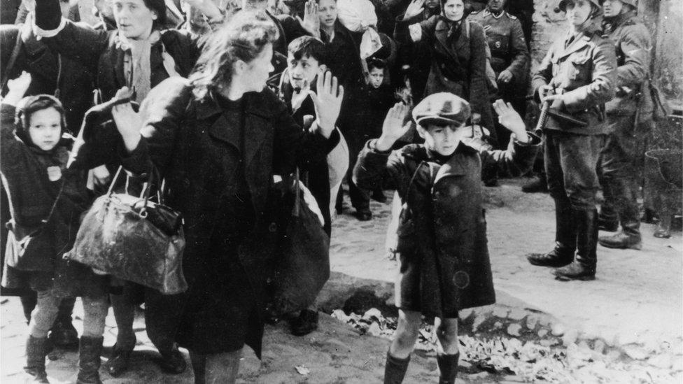 Gueto de Varsovia, 1 de enero de 1943