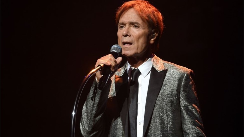 Decision to drop Cliff Richard case upheld by CPS