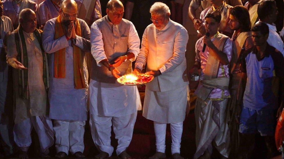 ভারতে লোকসভা নির্বাচন ২০১৯: প্রধানমন্ত্রী নরেন্দ্র মোদীকে বারাণসীতে চ্যালেঞ্জ করতে পারেন যারা
