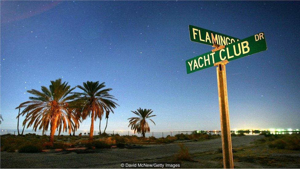 加州最大的湖泊---索爾頓海。(BBC中文網)