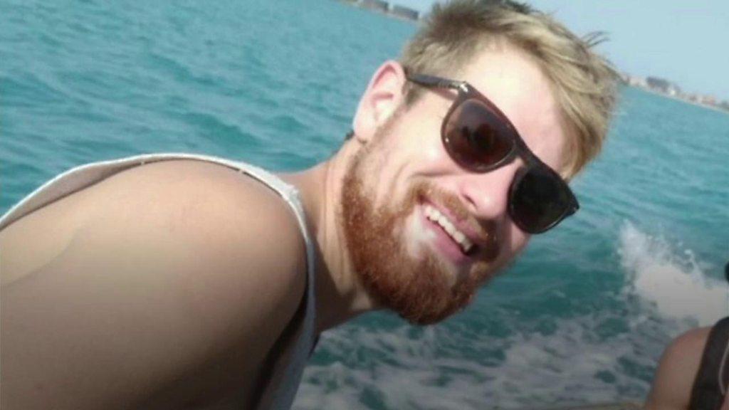 Memorial bench for Dorset man killed by sea snake in Australia