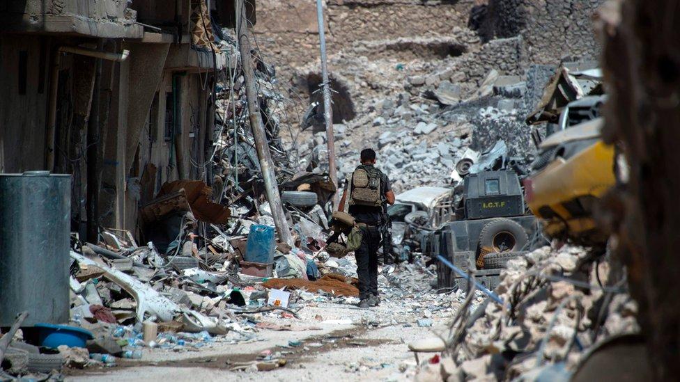 Los escombros en la Ciudad Vieja de Mosul