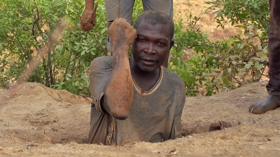 Crossing Divides: Can Nigeria's new tin mine heal ancient wounds?