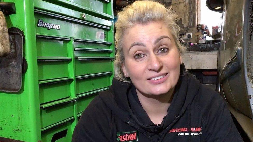 Female mechanic helps women learn about cars