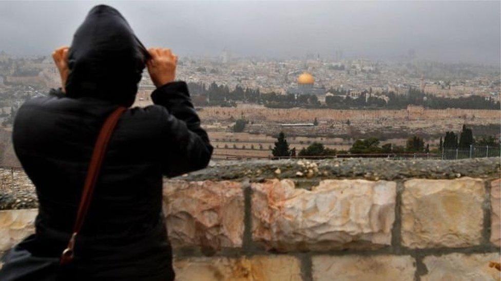 يطالب الفلسطينيون بأن تكون القدس الشرقية عاصمة لدولتهم المستقبلية